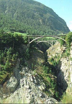 Valley_bridg_1